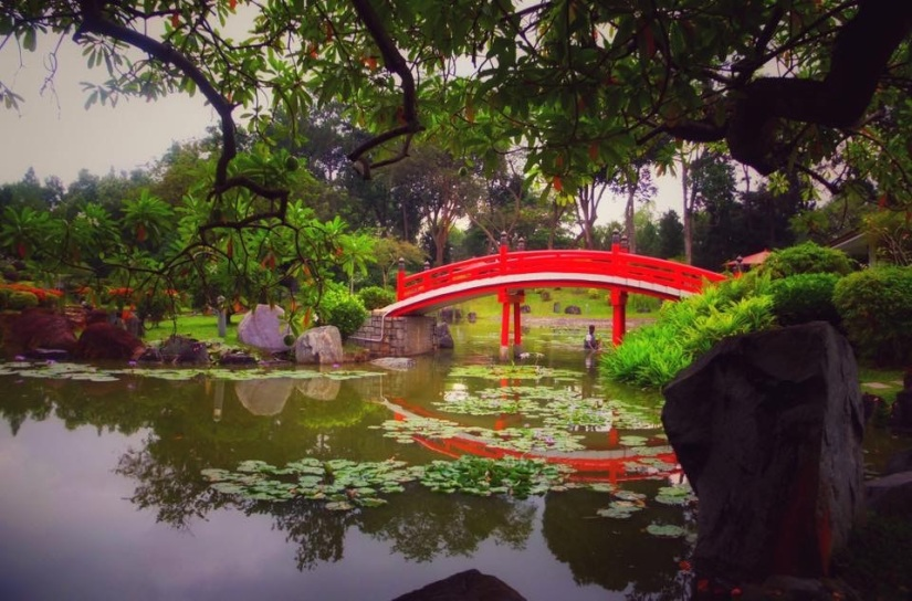 CHINESE and JAPANESE GARDENS, SINGAPORE – UNDERRATED TOURISTSPOT